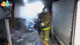 На рынке в Архангельске сгорело четыре павильона с одеждой