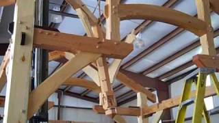 Cabin Creek Timber Frames raises a 12'x12' compound joinery