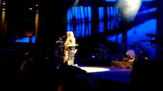 Ellie Goulding - I Wish I Stayed iTunes Festival 2010