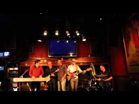 Joel Deluna (Engelen Pub, Stockholm) - Roadhouse Blues (MVI 4879)
