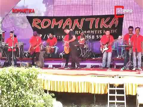 Kegagalan Cinta - bos basori - ROMANTIKA DANGDUT DEMAK live manggarmas
