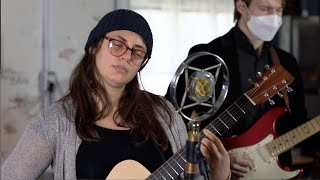 LIVE at NLK STUDIO: THE LATEST NOISE presents JULIA KIRK