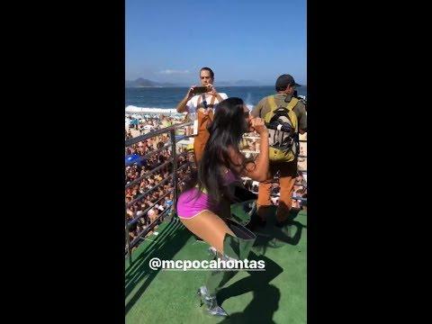 MC Pocahontas na Parada LGBTQI  Rio de janeiro