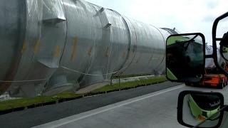 Truk Scania Muatannya Panjang Banget