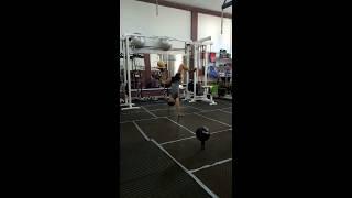 samir saidi passage de 2 min freestyle football in the gym