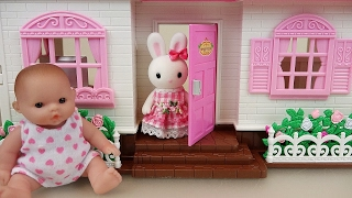 Video Baby doll and Little Rabbit two story house toys download MP3, 3GP, MP4, WEBM, AVI, FLV Desember 2017