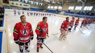 Ветераны «Автомобилиста» сыграли в хоккей с областными чиновниками