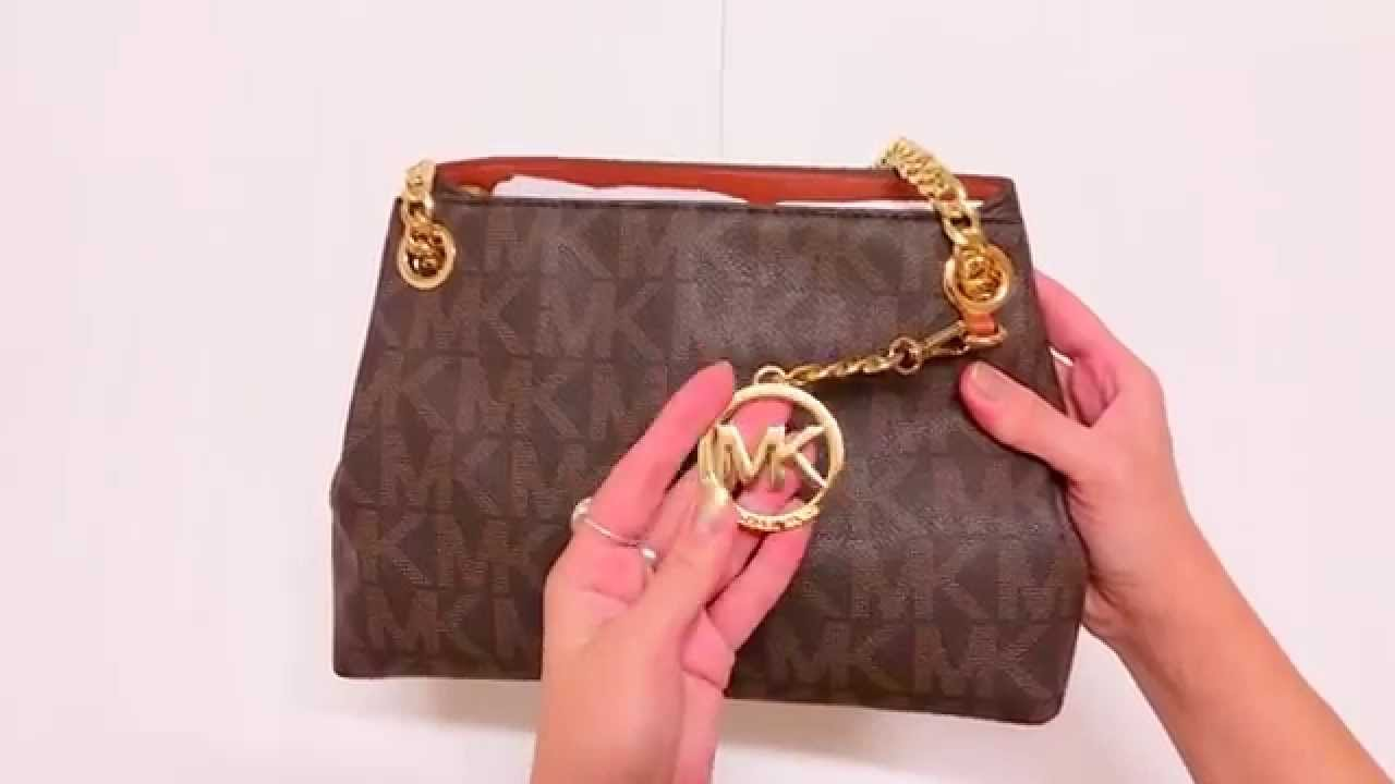 49615f5863ce Michael Kors Jet Set Medium Logo Messenger. Сумка Майкл Корс - YouTube