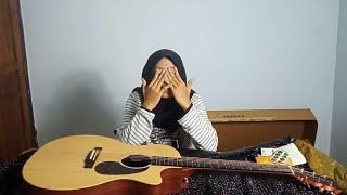 Beli Gitar Hasil Kerja Keras Sendiri - LiVLOG #10
