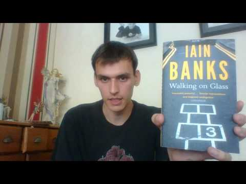 Book Review: Walking on Glass - Iain Banks