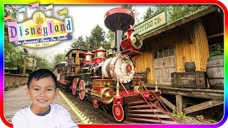 Riding the Disneyland Railroad with new effects at Disneyland - TigerBox HD