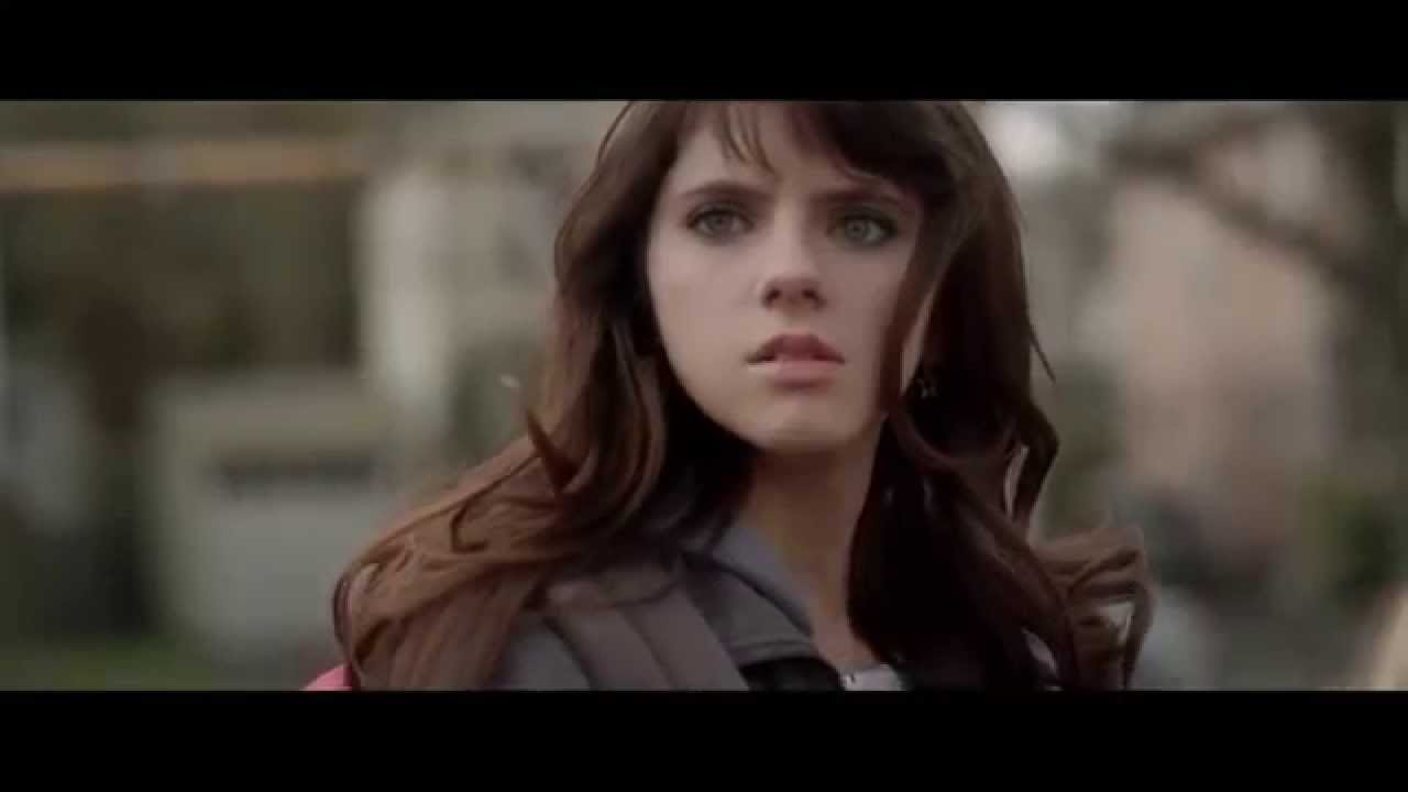 kara hayward chest