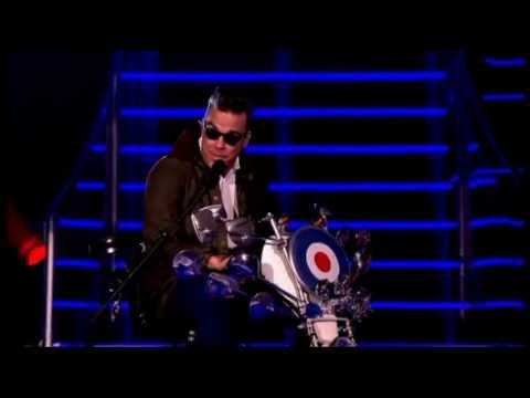 Dizzee Rascal & Robbie Williams - Goin' Crazy (Live The Voice UK Final)