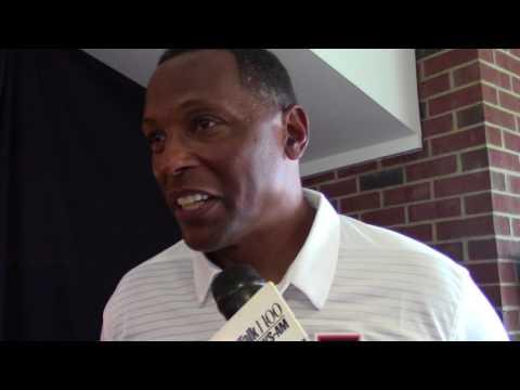 Illini defensive coordinator Hardy Nickerson