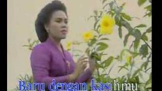 "HETTY KOES ENDANG ""Seuntai Bunga Tanda Cinta"" Pop Keroncong"