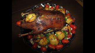 Запеченный Гусь в духовке с Картофелем. Рождественский гусь. Как приготовить гуся.