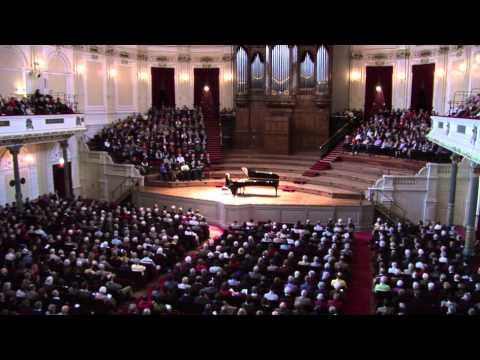 Marietta Petkova plays Schumann and Chopin in 2009/2010