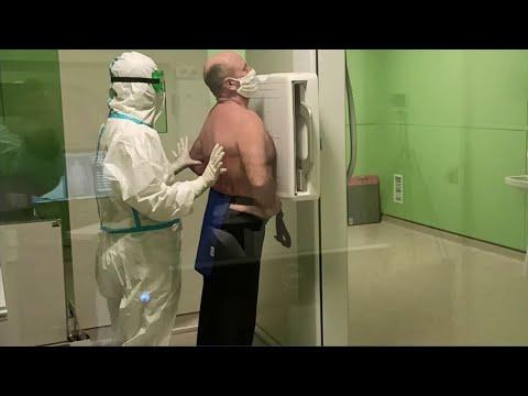 Российский Минздрав выпустил новые рекомендации по профилактике и лечению COVID-19.