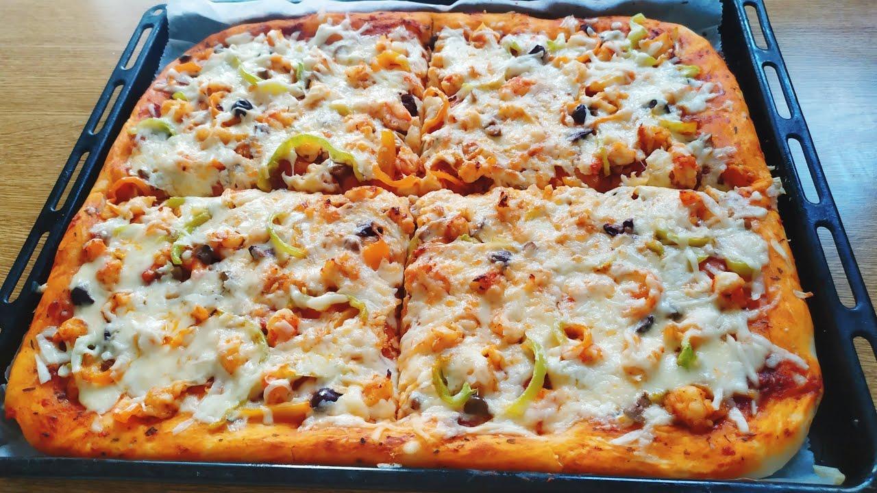 عملت أكبر بيتزا بالجمبري عائلية بالعجينة القطنية