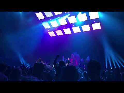 Imagine Dragons - Thunder - Barclays Center, Brooklyn, NY (10/23/17)