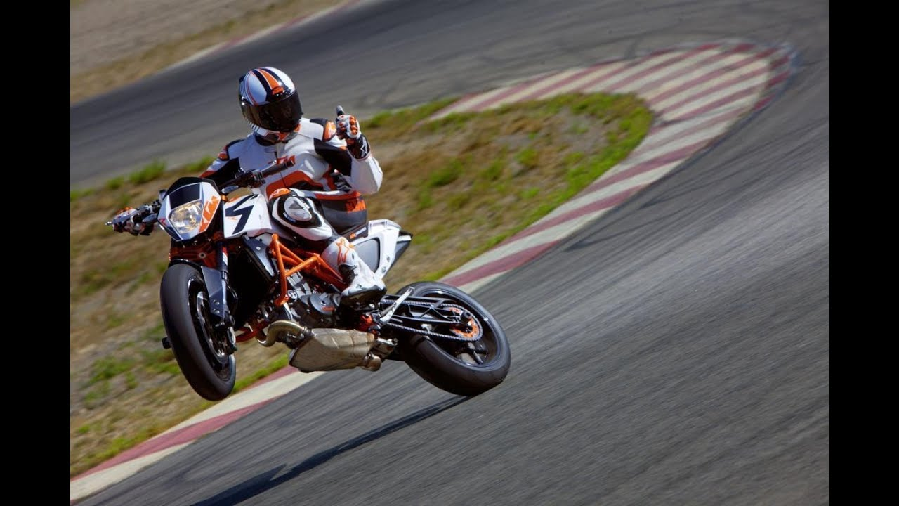 Premiere KTM 690 R Duke Eicma 2013 YouTube