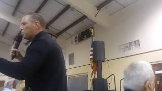 Singer Doug Anderson took my phone and started recording himself with it. Video