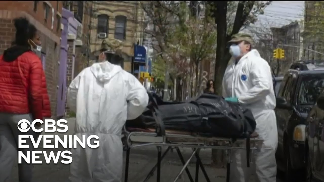 New York sees record coronavirus deaths within 24 hours as the pandemic leveling off - CBS Evening News 3