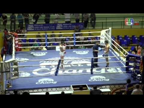 Professional Muay Thai Boxing from Lumphinee Stadium on 2014-11-29 at 11 pm