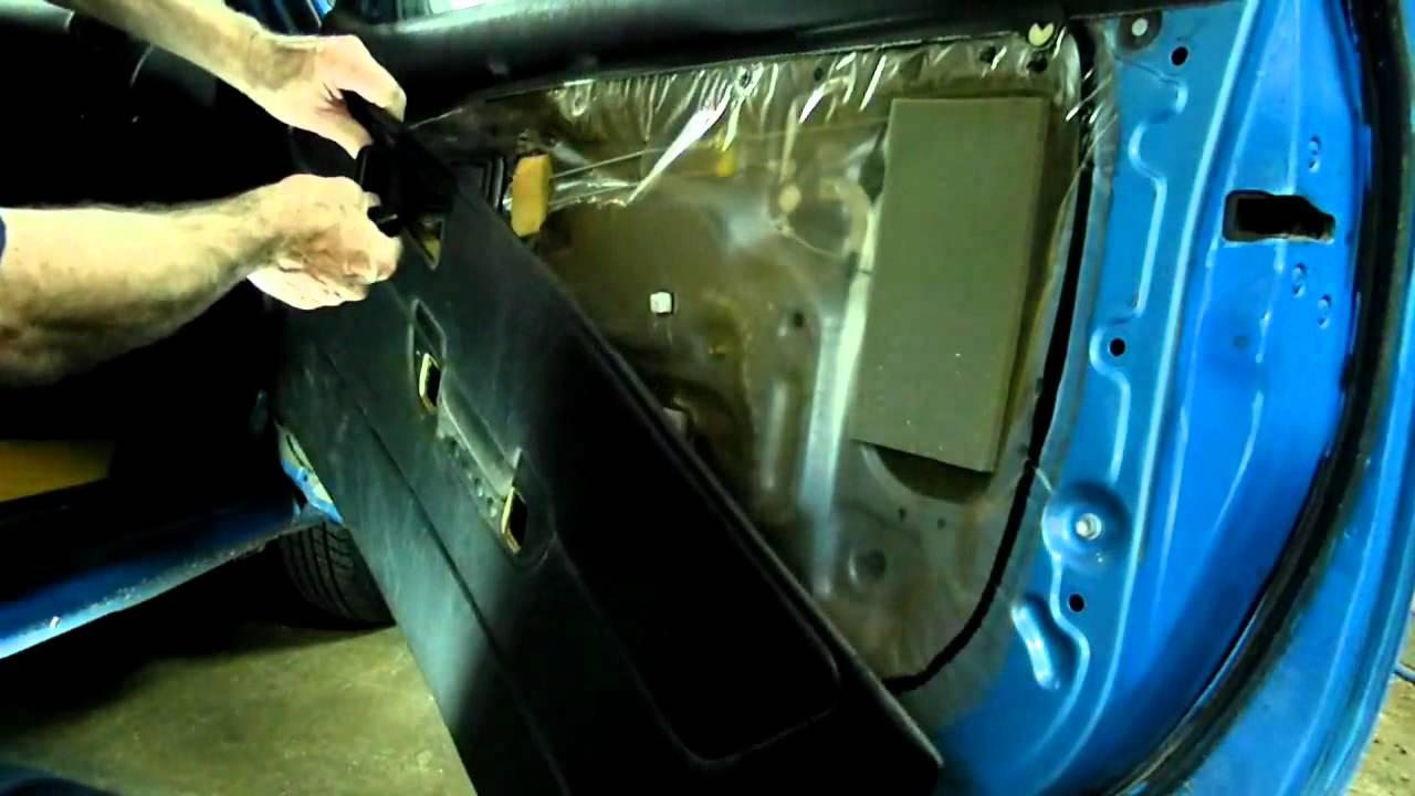 Toyota Tercel Reparacion de Puerta.mp4 - YouTube
