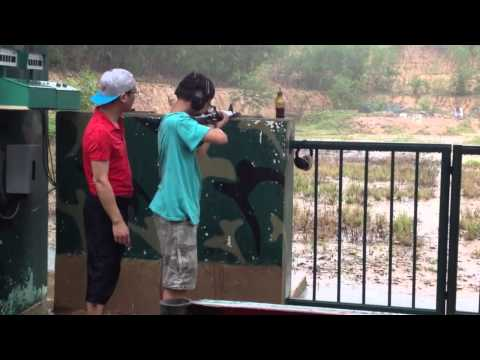 Bắn súng đạn thật ở Củ chi