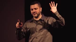 Migliorarsi per migliorare ciò che si fa | Luca Barcellona | TEDxBrescia
