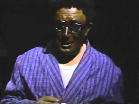 macías,-ensayo-general-sobre-el-poder-y-la-gloria-(1985)
