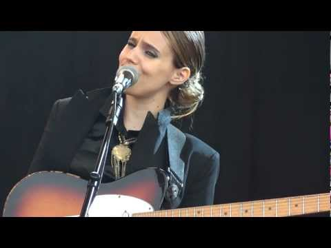 Anna Calvi - I'll Be Your Man - End Of The Road Festival 2012 mp3