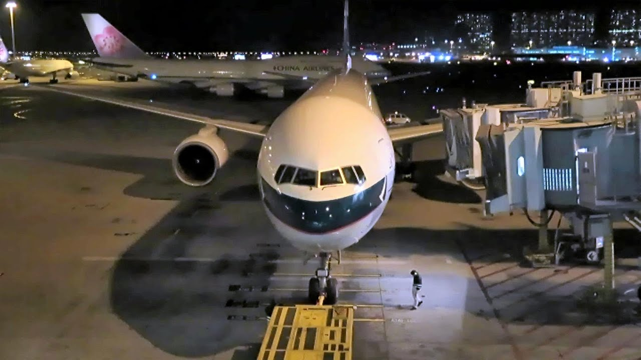 Cathay Pacific Cx 771 Boeing 777 Hong Kong Airport