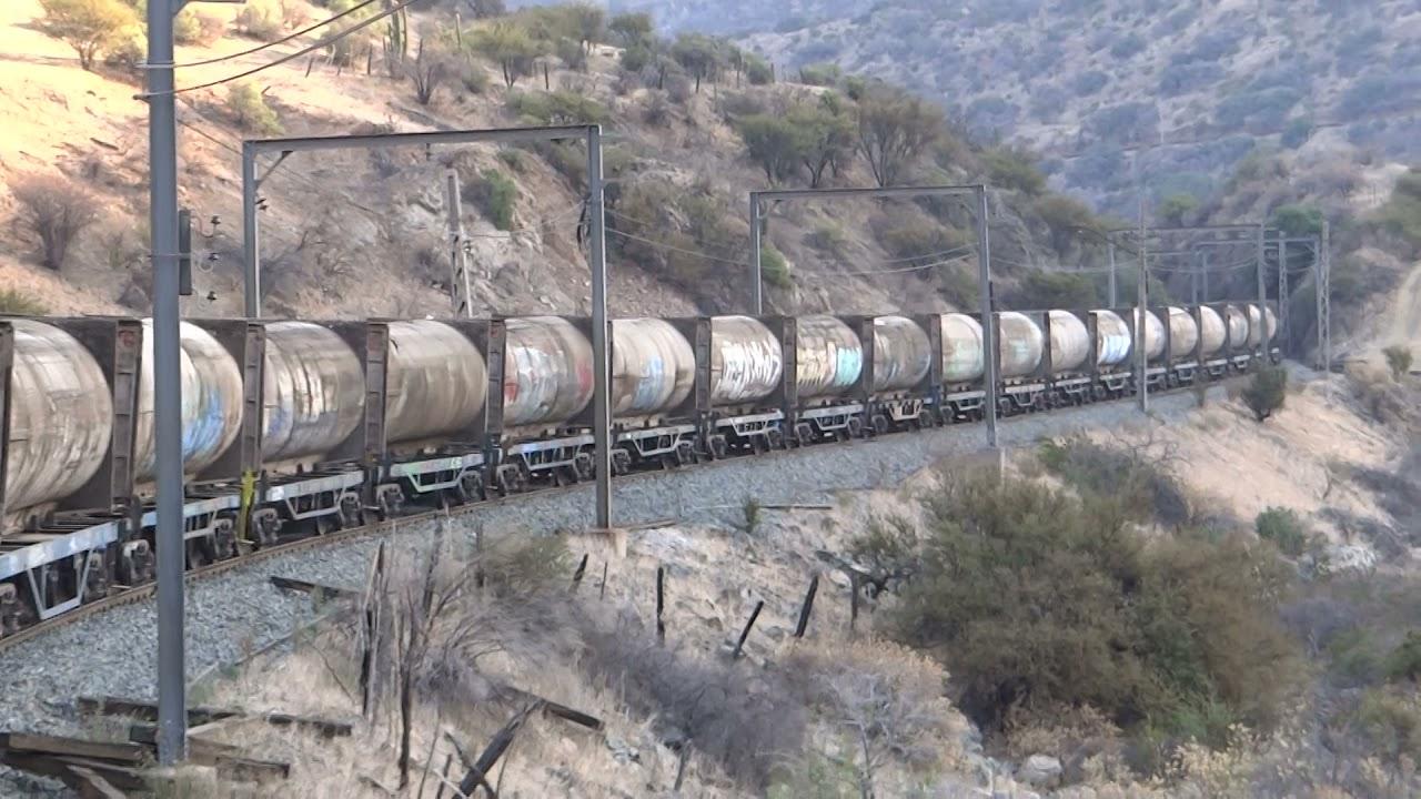 Transportando basura en tren - Chile.