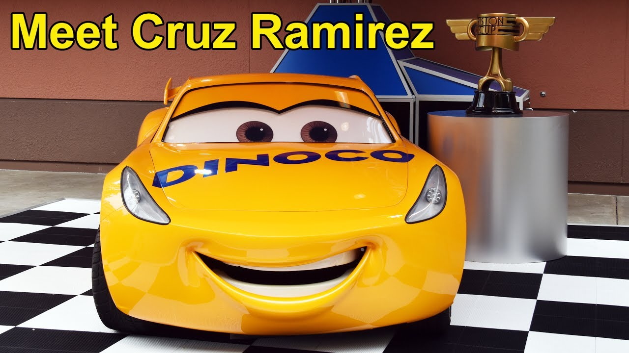 cars 3 cruz ramirez meet greet at disney 39 s hollywood studios walt disney world pixar youtube. Black Bedroom Furniture Sets. Home Design Ideas