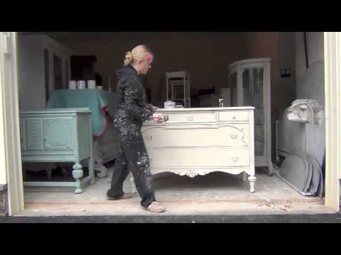 Annie Sloan Dhalk Paint  DISTRESSING PROCESS mov  YouTube