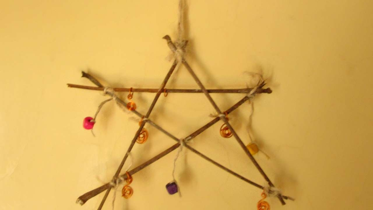 How To Make An Amazing Twig Star Wall Decoration - DIY Home Tutorial ...