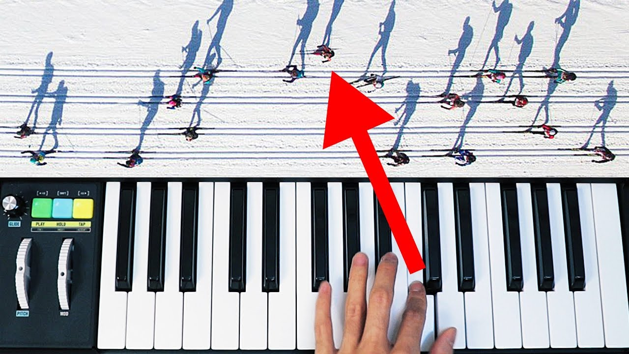 People skiing   or musical notes?