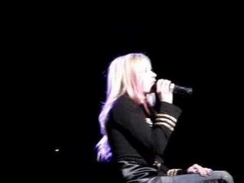 Avril Lavigne innocence Best Damn Tour 2008 In Vancouver
