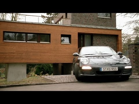 [HD] The New Porsche 911 (997.2) - School Trip