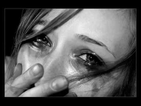 Картинки глаза со слезами грустные