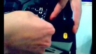 Сварка оптоволокна(Заботливый китаец показывает как правильно сваривать оптоволокно. Материал взят с сайта http://phreak.org.ua., 2009-02-01T15:16:09.000Z)