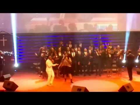 Travis Greene! Live Performing a Nigerian song   IMELA