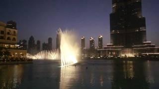 Поющие фонтаны- Дубай.mp4 (Уитни Хьюстон)(Красочное зрелище памяти Уитни Хьюстон., 2012-02-20T16:36:07.000Z)