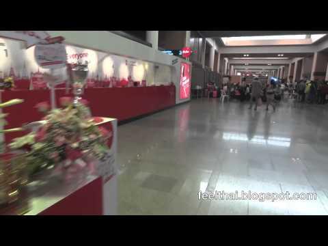 เคาน์เตอร์เช็คอิน AirAsia ที่ดอนเมือง
