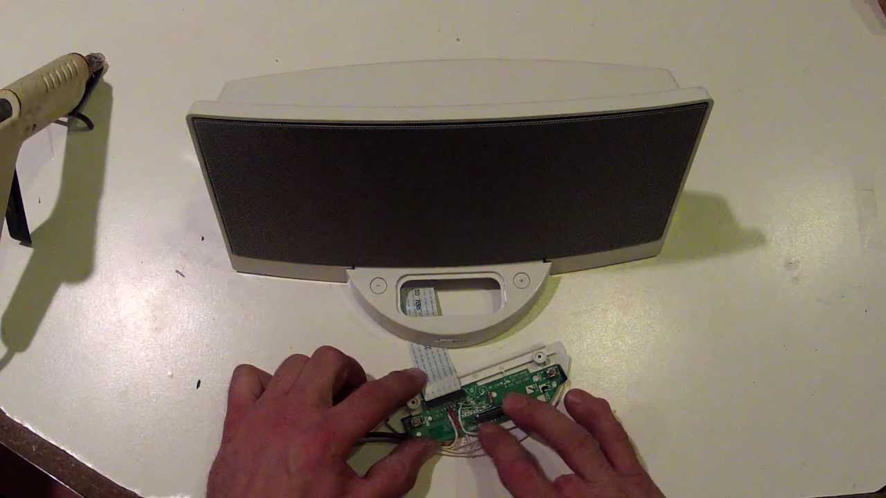 how to bose sounddock line in hack aux in modification no ipod needed youtube [ 1280 x 720 Pixel ]