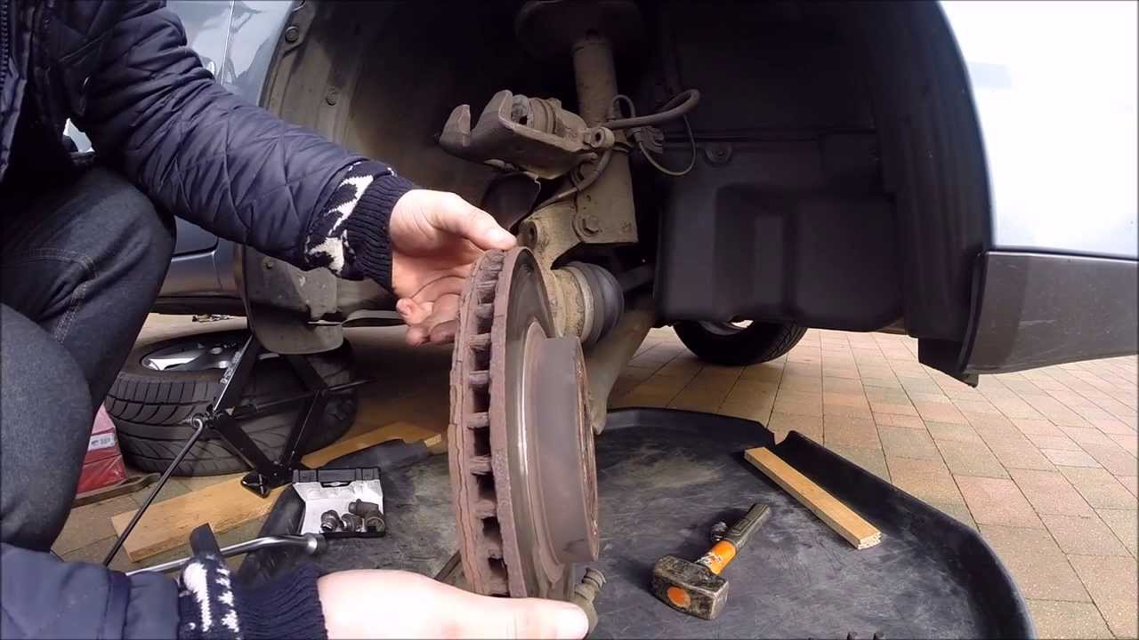 REPLACING TOYOTA COROLLA 2003 BRAKE DISKS AND PADS  YouTube