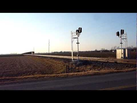 Grand Trunk Western 4919 speeds East to Battle Creek, MI
