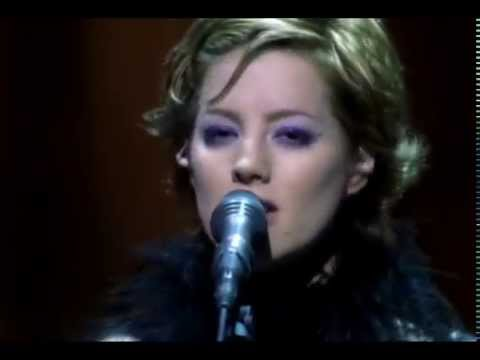 Sarah McLachlan - Building a Mystery (Live from Mirrorball)